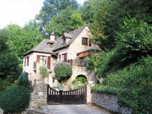 Belcastel Home